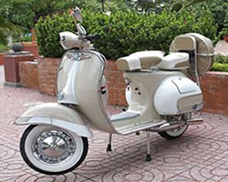 Export & Import: Vespa Vintage Made in Italy